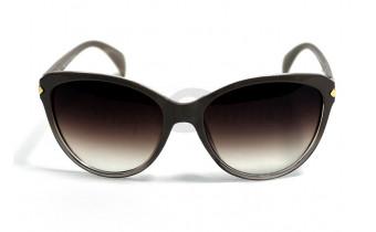Солнцезащитные очки в коричневой оправе Crisli 19011 A24, женские